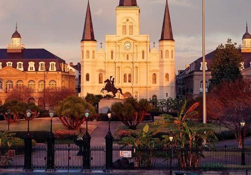 Honeymoon Package in New Orleans at Avenue Inn