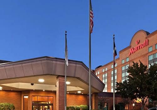 Austin Honeymoon Package at Hotel Austin Marriot North