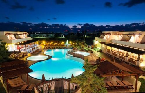 Gaia Village Hotel, Tingaki