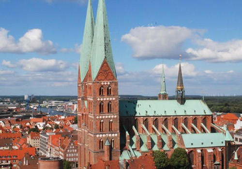 Lubeck Romantic Honeymoon Package of 7 Nights & 8 Days