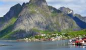 Hamnoy in Lofoten – The Most Breathtaking Fishing Village