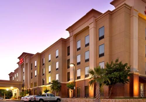 San Antonio Honeymoon Package by Hampton Inn & Suites