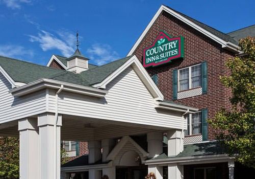 Romance Package at Country Inn & Suites Illinois