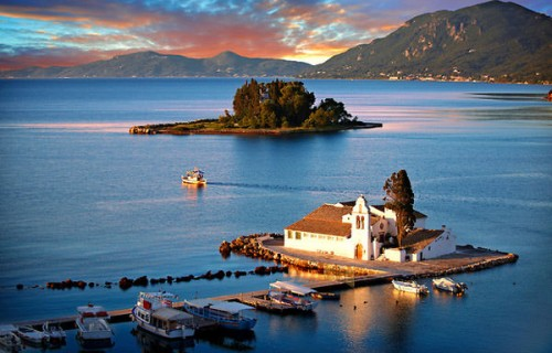 Top Romantic Places in Greece