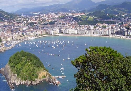 8 Nights San Sebastian, Pamplona, Bilbao & Madrid Honeymoon Package