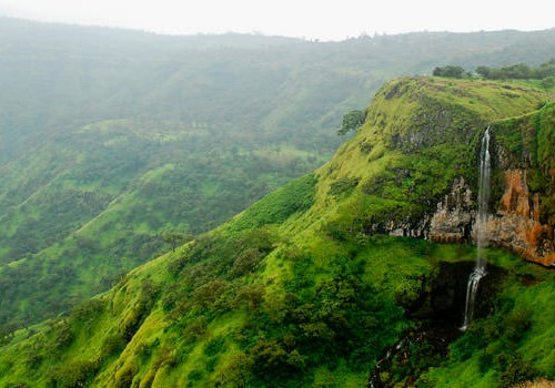 4 Nights Mahabaleshwar Romantic Honeymoon Package
