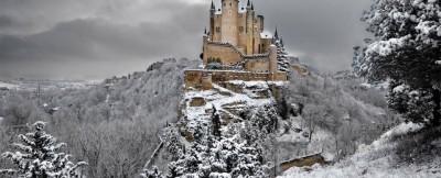 21 Most Amazing Castles Around the World