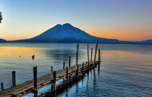 10 Most Scenic Lakes in North America