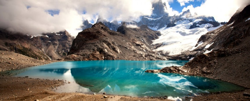 Laguna de los Tres in Blue
