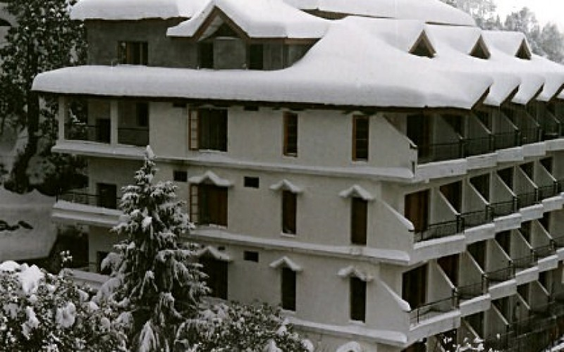 Snow Capped Hotel Dalhousie Heights