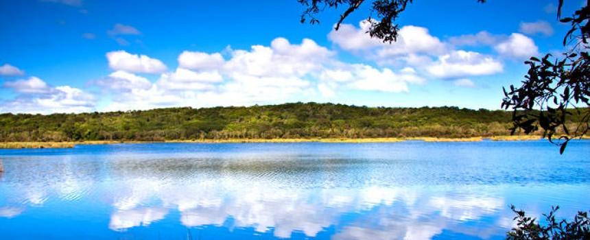 Fraser Island Ocean Lake