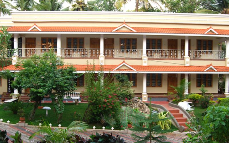 Karthika Plaza Resort Varakala