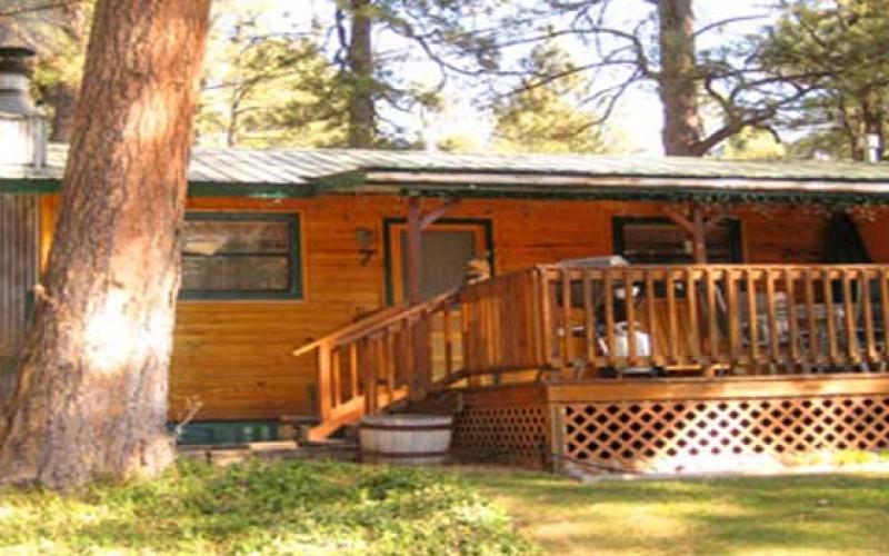 Romantic Ruidoso Cabins