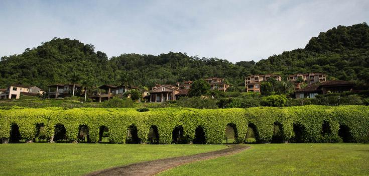 16 Days Romancing Costa Rica Honeymoon Package