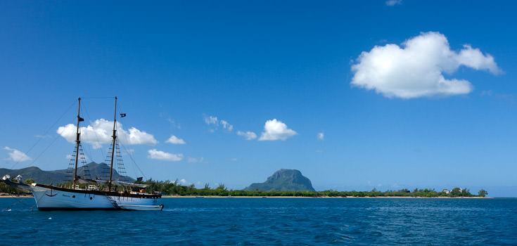 Jalsa Beach Hotel and Spa Mauritius Honeymoon Package