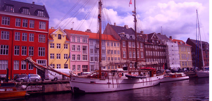 Scandinavia 14 Days Honeymoon Package