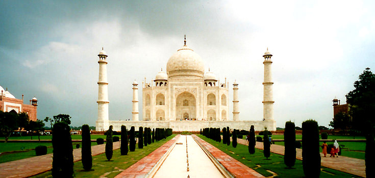 Luxurious Golden Triangle 5 Nights Honeymoon Package