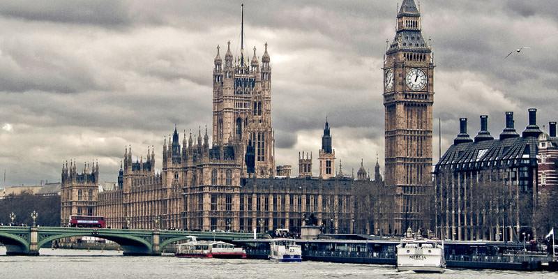 Britain and Ireland Essentials Honeymoon Package