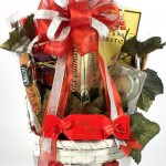 women romantic basket