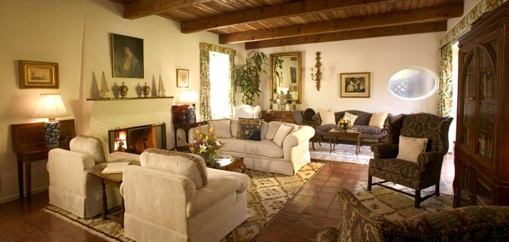 Tucson Romantic Getaway Package at Arizona Inn