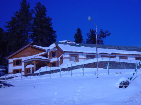 Hotel Royal Park Gulmarg Online Booking Of Romantic