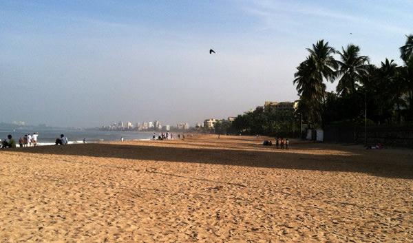 Juhu Chowpatti Beach in Mumbai