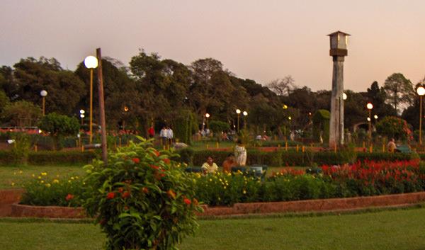 Famous Hanging Garden in Mumbai