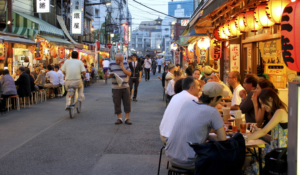 11 World's Best Destination Every Foodie Couple Must Visit