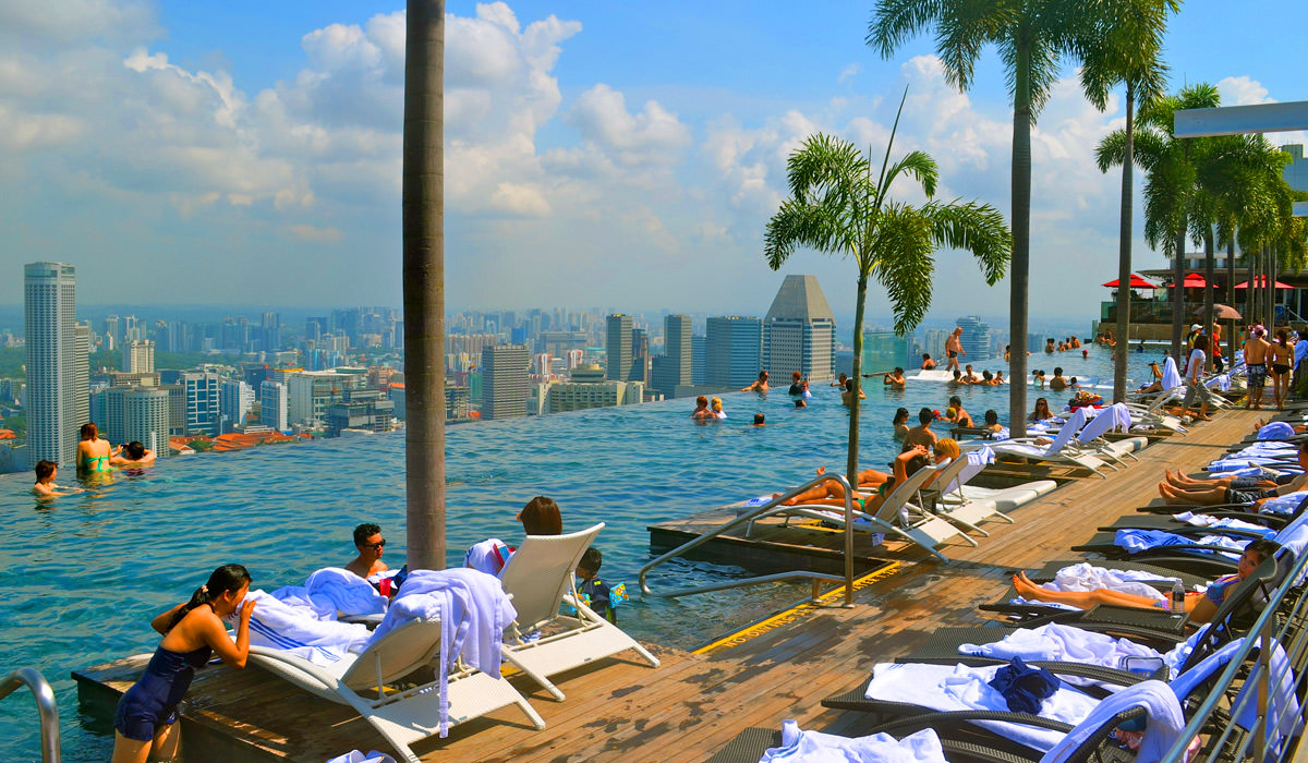 Reasons To Why Couples Should Plan Honeymoon in Singapore