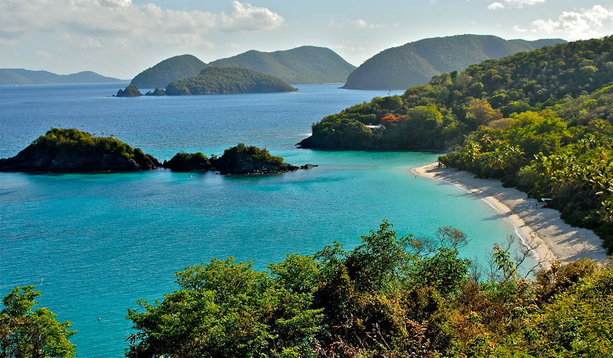 Editors' Pick – 10 Classic Must Visit Beaches in Caribbean Islands