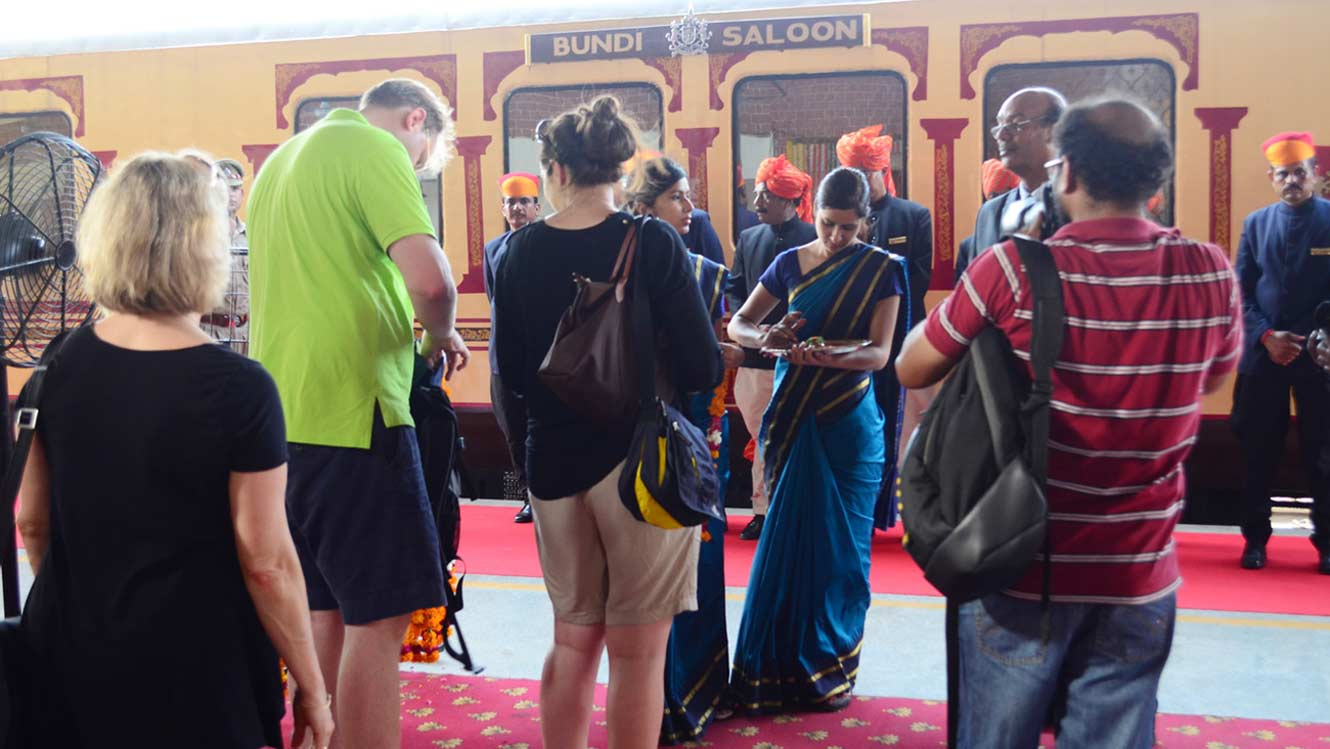 Super Luxurious Royal Holidays on Palace on Wheels