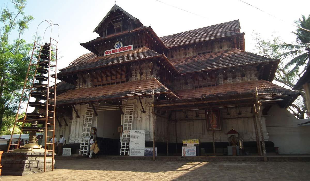 Vadakkunnathan-Temple