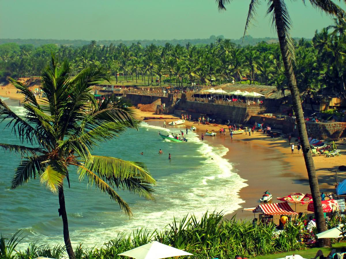 4 Days Cheap Honeymoon Package to Goa
