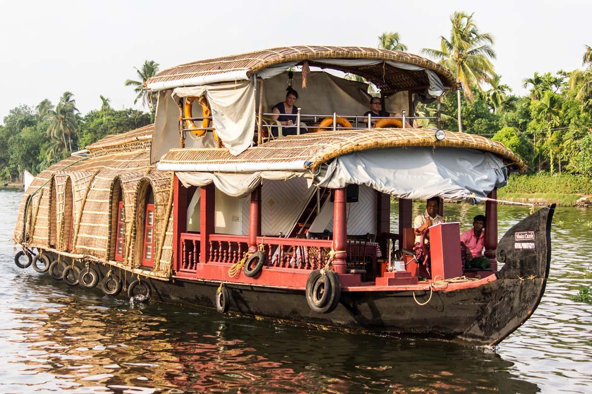 Honeymoon Package in Kerala Houseboat
