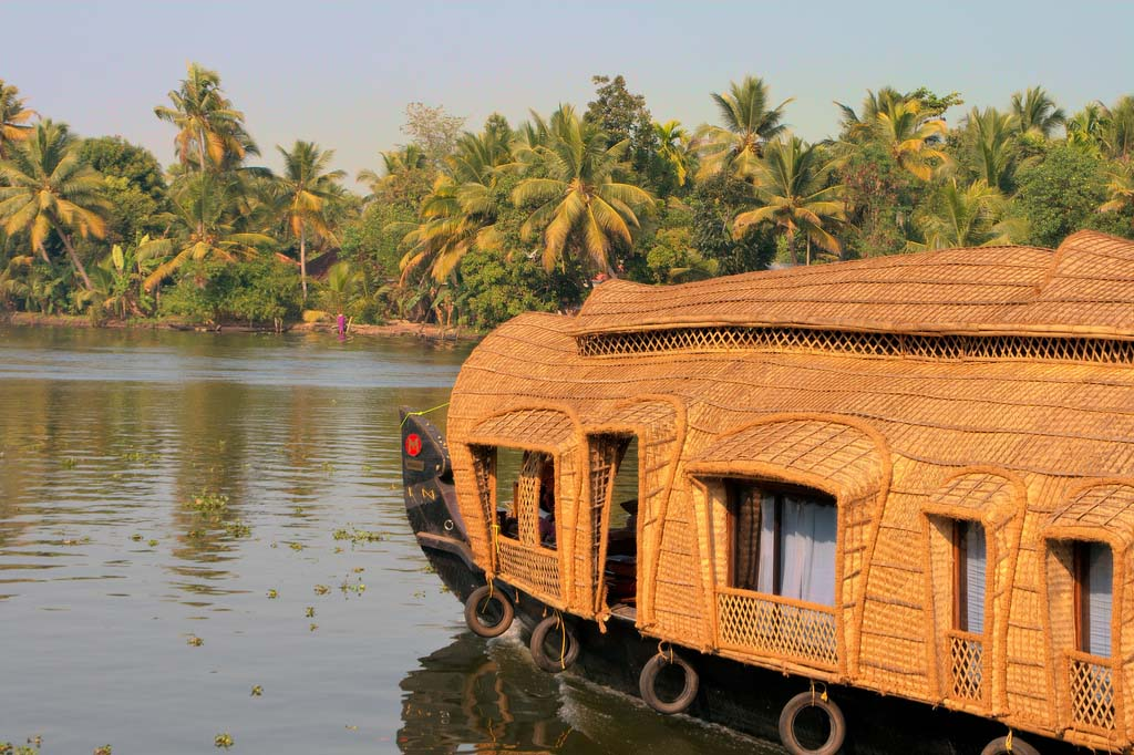 Kerala Honeymoon Packages from Bangalore