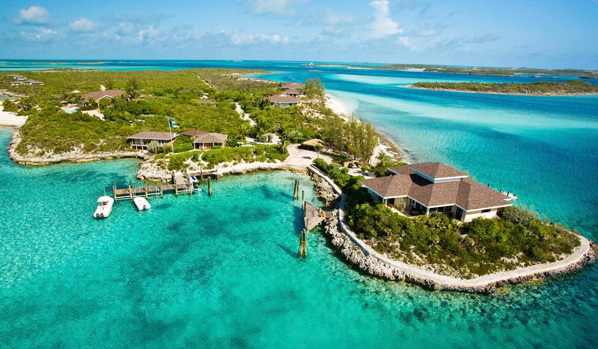 Fowl Cay Resort in Bahamas