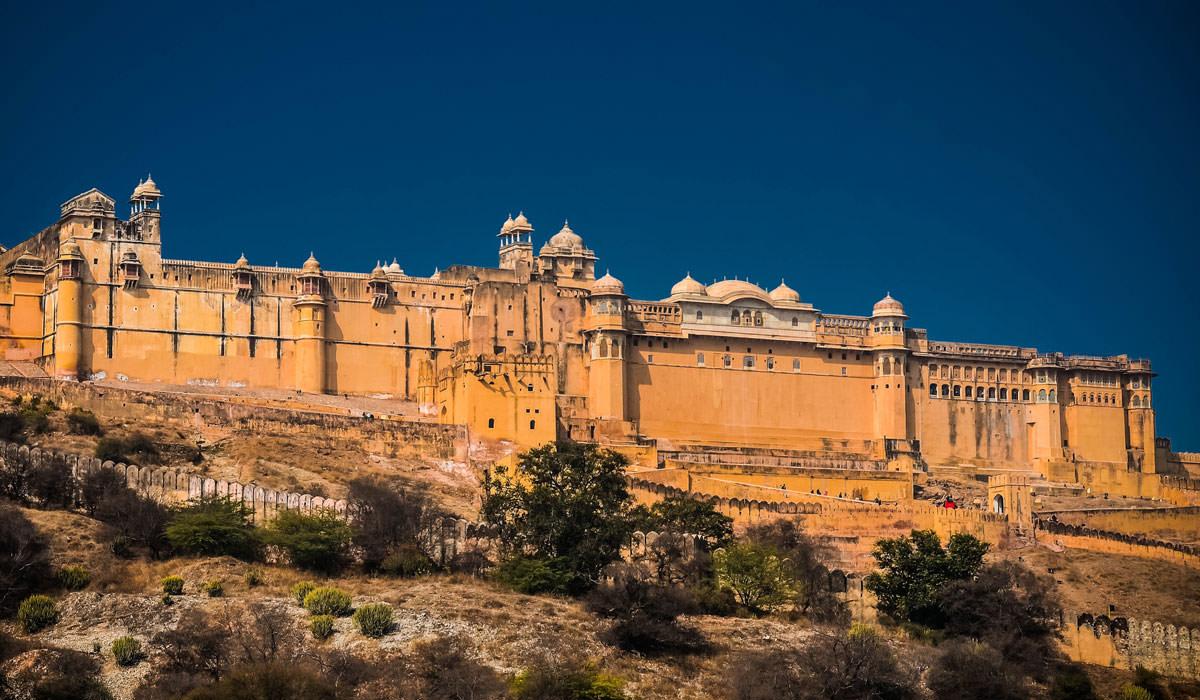 Honeymoon destinations in india in september best for Where to go for honeymoon in september