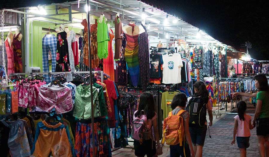 temoyong night market langkawi